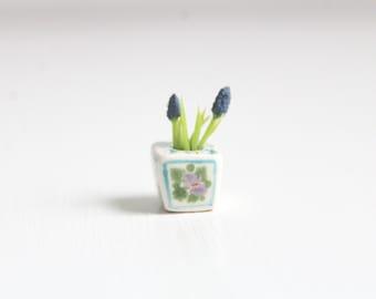 Miniature Flowers, Dollhouse Flowers, Miniature Potted Flowers, Miniature Planter, Dollhouse Planter, Miniature Grape Hyacinth, Dollhouse