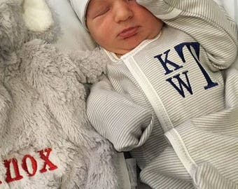 Baby boy coming home outfit, baby boy coming home outfit, Monogrammed footie monogram gown, converter gown, Baby gift, Monogrammed sleeper