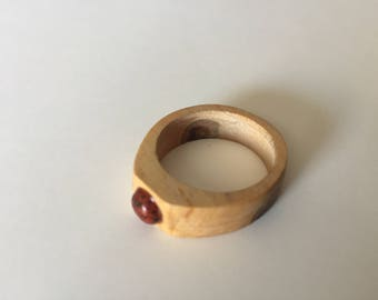 Wood and stone ring
