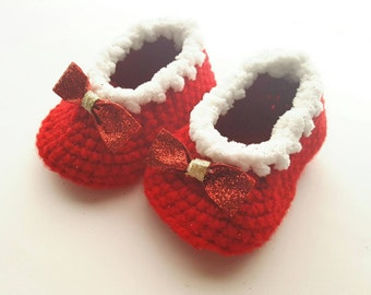 Baby Girl Red Shoes, Newborn Baby First Christmas Shoes, Baby Ruby Slippers, Crochet Baby Booties, Baby Moccasin, Baby Photo Prop
