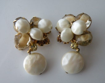 Juliana oyster pearls, topaz, jonquil, champagne givre clip-on earrings. Gold tone