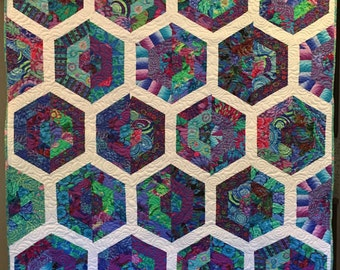 Abstract Floral Hexi SNUGGLE Quilt