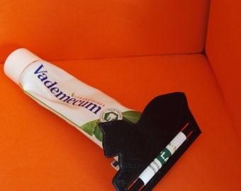 Press toothpaste cat print 3 D