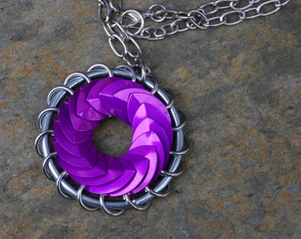 Violet Turbine Pendant Scalemaille