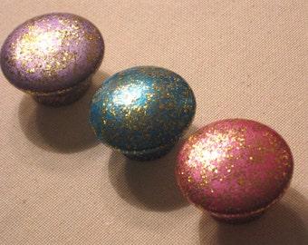 Set of 8 ~ METALLIC GLITTER KNOBS ~ 1 1/2 inch Wooden Knobs
