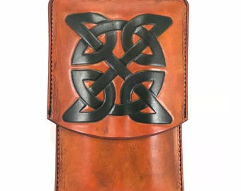 Sale!- Ready to Ship Celtic Knot Leather cigar case - Spanish cedar lined
