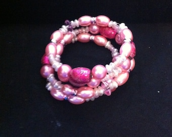 Pink Beaded Bracelet, Ready to Ship, Beaded Memory Wire Bracelet, Pink Bracelet, Girls Bracelet