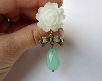 """Pair of Ivory Open Rose Plugs with Bows and Seafoam Beads - Girly Dangle Gauges - 1/2"""", 9/16"""", 5/8"""" (12mm, 14mm, 16mm)"""
