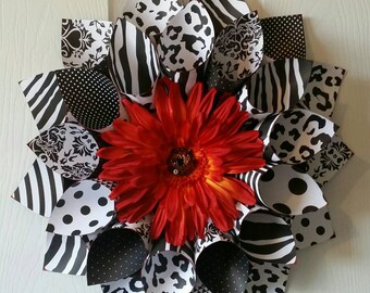 Black and White Paper Wreath, Animal Print Paper Wreath, Black and White Wreath, Animal Print Wreath, Indoor Wreath, Wall Hanging, Home