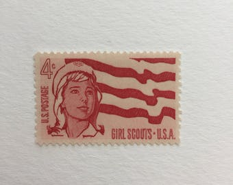 10 Girl Scouts 4c US postage stamps unused - Vintage 1962 - Red flag