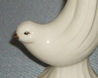 Dove bud vase item 302