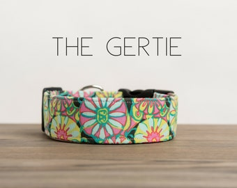 """Modern Bright Green, Turquoise & Pink Abstract Floral Dog Collar """"The Gertie"""""""