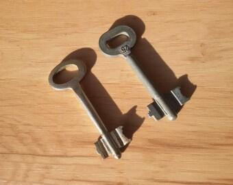 Set of 2 keys. Skeleton keys. Old keys