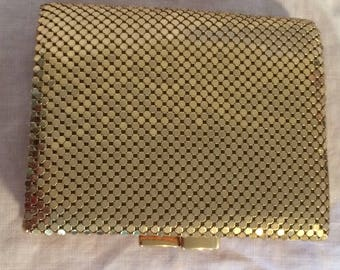 Whiting & Davis Vintage Gold Spider Mesh Wallet with Kiss Clasp Coin Purse 1950's Like New in Mint Condition