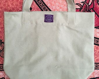 BEACH BAG / TOTE  fully lined with zippered purse inside