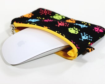 Coin purse, earbud case, Galaga, change wallet, earbud pouch, lip balm pouch, mouse pouch, change purse, mouse case, zippered pouch, gift