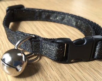 Stylish Black and Gold Sparkle Cat Collar (Quick Release)