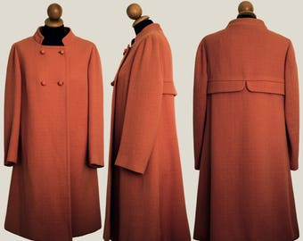 Old fashioned coat ' 60 color coral coat Coral Color