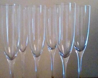 6 tiges de Champagne élégants