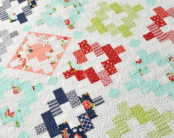 """Bonnie & Camille Vintage Remix Quilt Kit, 72""""x84"""",  Fabric Collection from The Good Life/ Moda Fabric, Great Beginner Kit, Moda Fabrics"""
