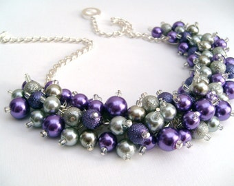 Purple and Silver Gray Pearl Beaded Necklace, Bridal Jewelry, Cluster Necklace, Wedding Jewelry, Chunky Necklace, Bridesmaid Gift