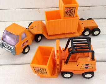 Delivery Truck - Buddy L - Tractor Trailer and Forklift - plastic crates  - 70s - Made in Japan - Man Cave Decor - Pretend Play - Photo Prop