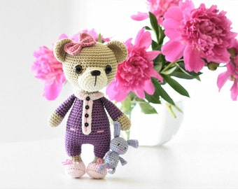 PATTERN - Sleepy Ida and Itsy-bitsy bunny - amigurumi crochet pattern, PDF (English, German, Dutch)