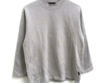 RARE!!! Rudolph Valentino Small Logo Embroidery SpellOut Crew Neck Long Sleeve Large (Ladies) Size