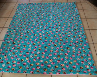 Cute & Colorful Cupcakes And Cherries Everywhere All Fleece Throw Blanket