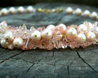 Mother day gift for Grandma Statement necklace Big pearl necklace Pink Pearl necklace Bohemian jewelry Birthday Gift Bridesmaid necklace