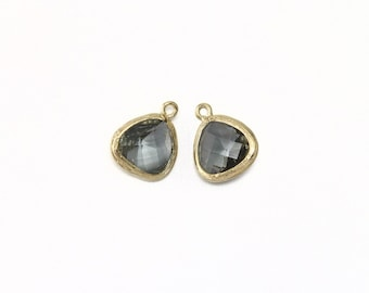 Black Diamond Glass Pendant . Jewelry Craft Supplies . 16K Polished Gold Plated over Brass  / 2 Pcs - AG004-PG-BD