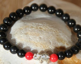 Bracelet tourmaline and two coral beads