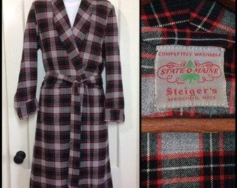 1950's wool flannel robe looks size small to medium dark green red gray tartan State O Maine smoking jacket