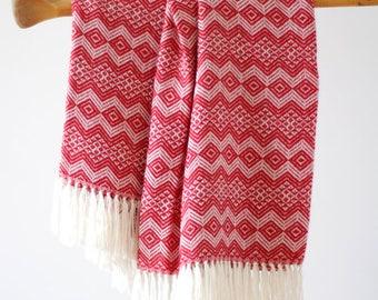 Peruvian Alpaca Traditional Blanket: Red & White