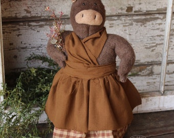 Wilma - Handmade Primitive/Farmhouse/Country Pig