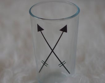 Adorable  arrow pint glass