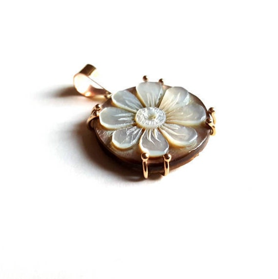 Motherofpearl gold cameo pendant daisy italian cameo jewelry like this item aloadofball Images
