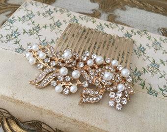 Gold Bridal Hair Comb.Gold Crystal Pearl Hair Comb.Rhinestone Bridal headpiece.gold Bridal hair accessory.gold wedding hair piece.gold leaf