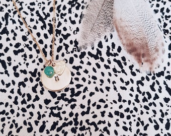 Charm Necklace Gold with pebble