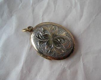 Gold Oval Engraved Locket Sterling Pendant Vermeil Vintage Silver 925