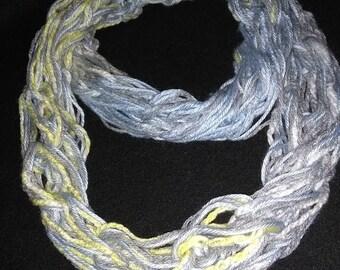 Infinity scarf: skinny, double loop