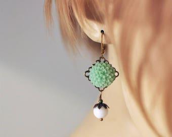 Mint Green Flower Earrings, Floral Resin Earrings, Statement Earrings, Floral Earrings, Long Dangle Earrings, Pearl Earrings, Gift for Her,