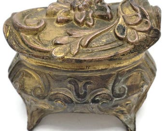 Art Nouveau Gold Omolu Floral Ring Presentation Jewelry Casket Trinket Box