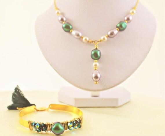 Collier vintage chaîne et rocailles plaqué or avec perles nacrées baroques Swarovski imitation perle eau douce