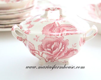 Vintage Footed English Sugar Bowl with Lid by Chippendale Johnson Bros. England Transferware Tea Party, Replacement China - ca. 1935 - 1960s