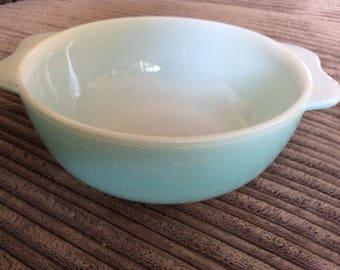 JAJ Pyrex Weardale duck egg blue casserole dish