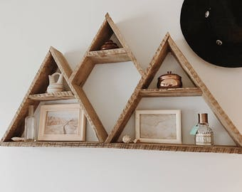 Mountain Range Triangle Shelf// Pallet Wood Shelf// Reclaimed Wood// Pallet Art// Geometric Shelf// Rustic Home Decor