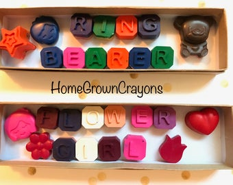 Ring Bearer & Flower Girl gift // wedding crayons // ring bearer crayons // flower girl crayons // wedding favors // homegrowncrayons