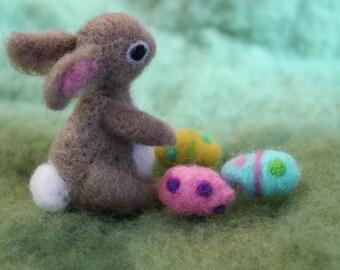 Easter Bunny, Needle Felted Bunny, 1 Realistic Bunny with 3 Easter Eggs, Handmade, Waldorf Inspired