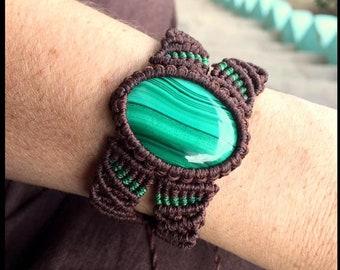 Bracelet in Macramé with labradorite, set brass, ,